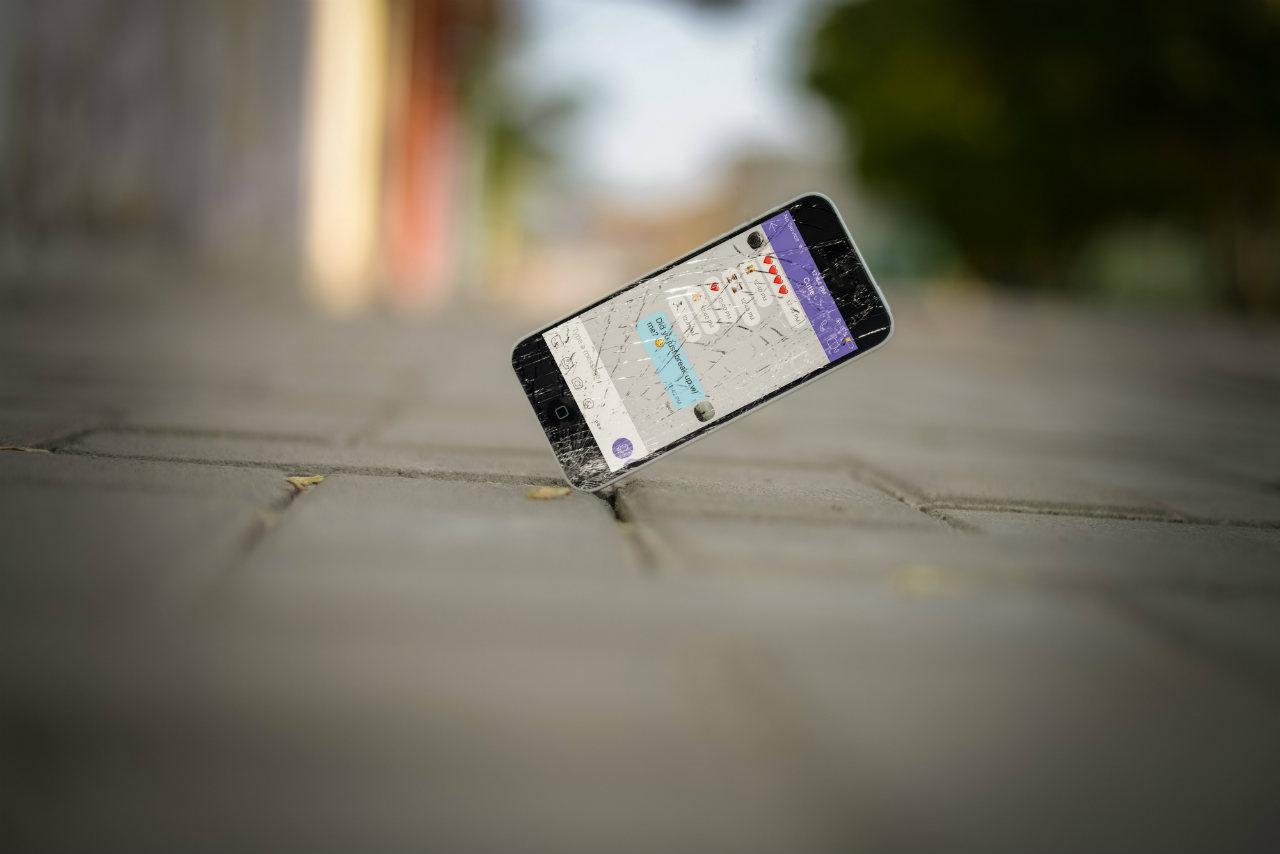scherm gebroen telefoon vallen